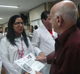 20101128021940-machado-medicos.jpg