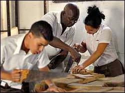 20110525223352-obreros-calificados.jpg