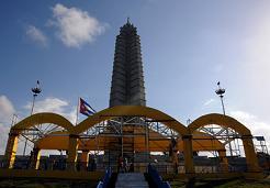 20120311170511-plaza-de-la-revolucion-papa-benedicto-3.jpg