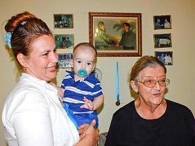 20141120140458-familiares-medico-en-liberia.jpg